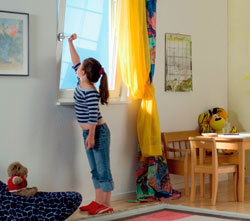 фурнитура для пластиковых окон в детской
