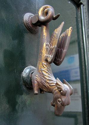 старинная дверная ручка-14