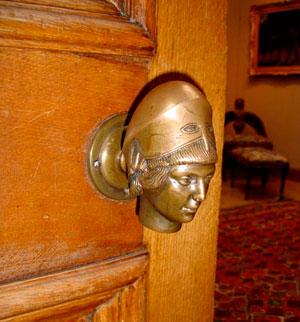 старинная дверная ручка-2